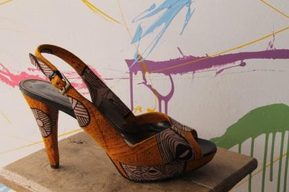 seduisant escarpins recouvert en pagne Wax(Création 2015)